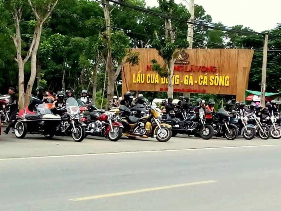 Nhà hàng Lã Vọng hồ Rộc Vòn 2