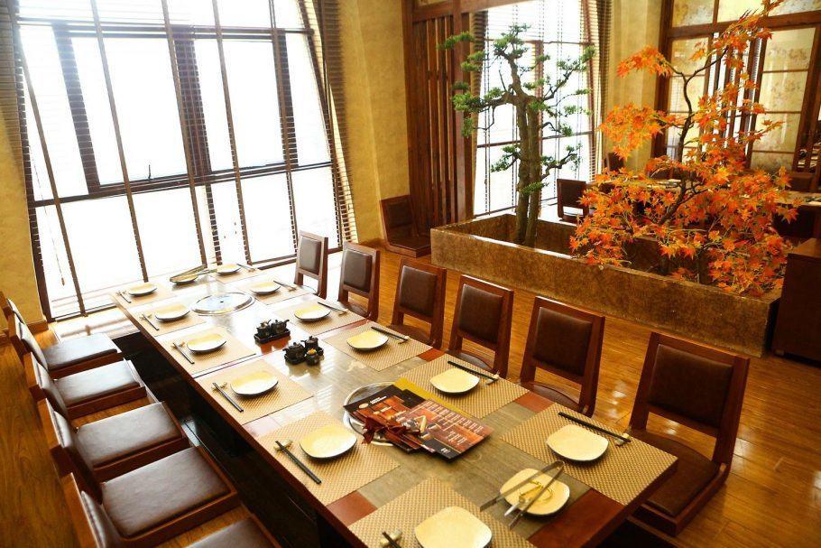 Nhà hàng Nhật Sashimi BBQ Garden 4
