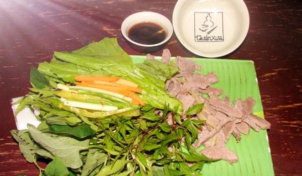 Cách làm món thịt bò cuốn lá cải ngon miệng
